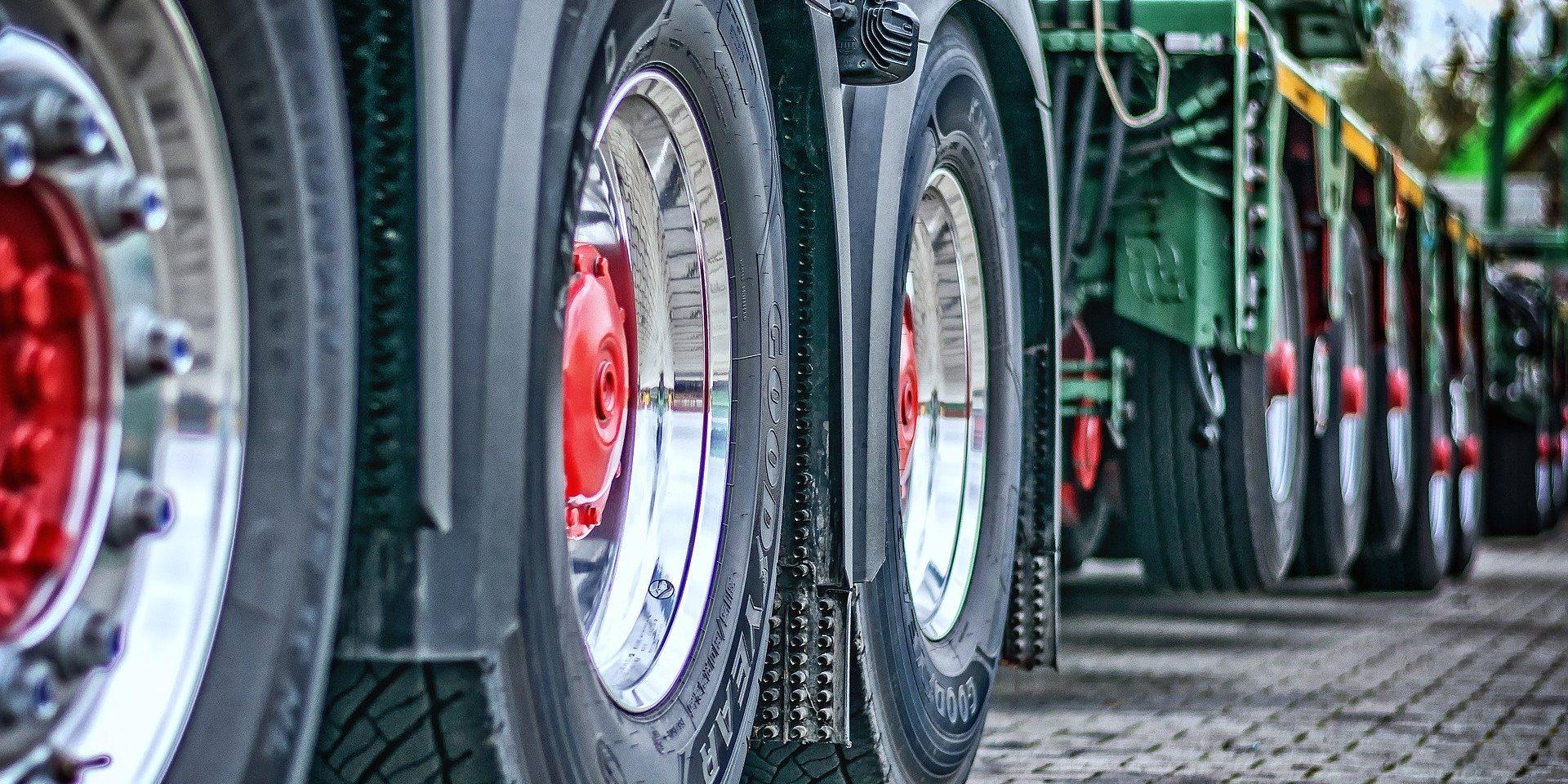 «Газпром нефть» готовится к внедрению беспилотного автотранспорта на месторождениях ХМАО