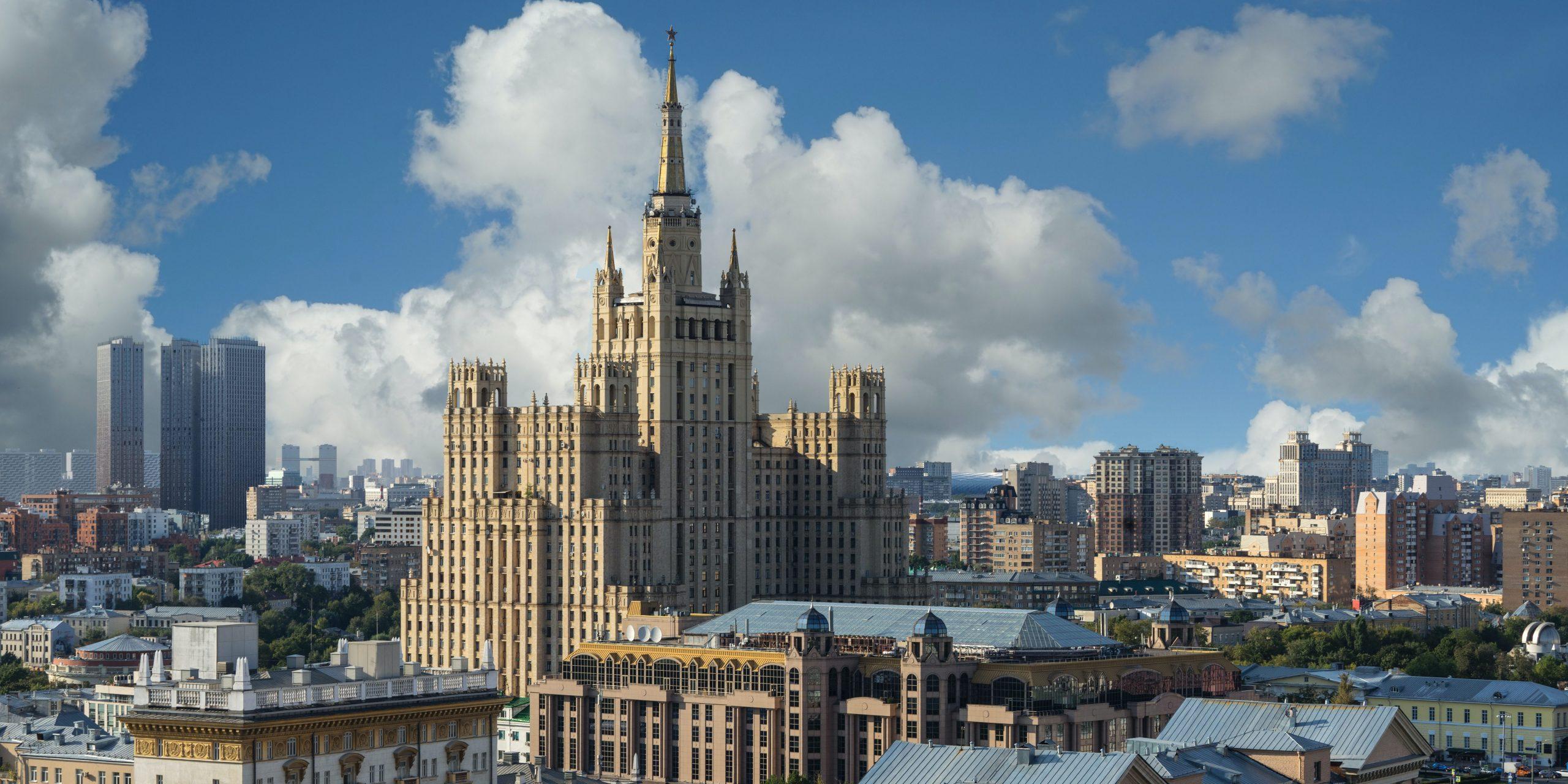 Москва, Екатеринбург и Казань возглавили рейтинг крупнейших городов России по индексу IQ