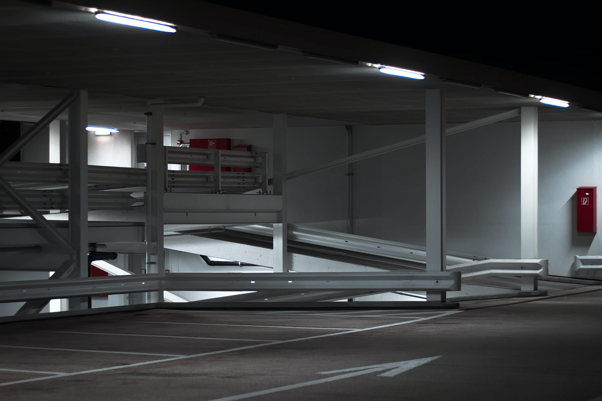 Установить датчики парковки