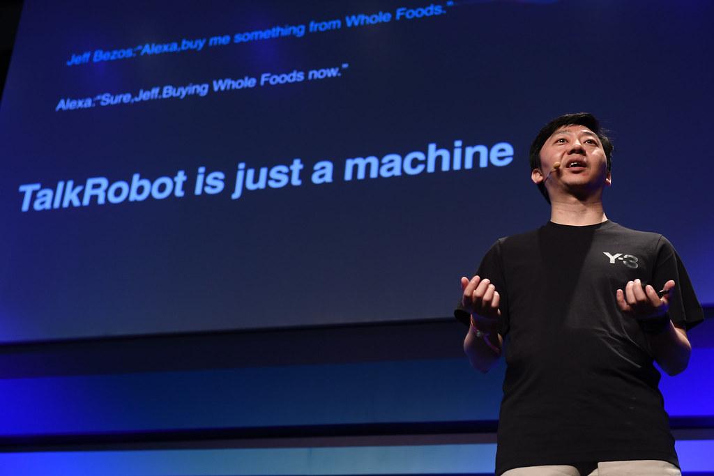 Пекинская компания Mobvoi разработала цифровой диктофон с искусственным интеллектом AI Recorder