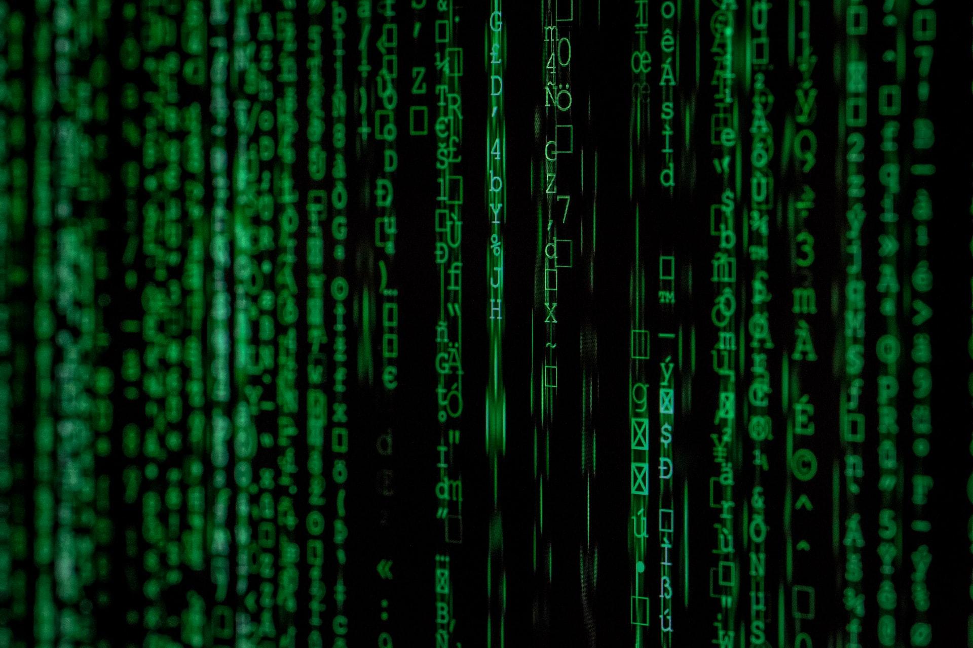 Минтруд утвердил профстандарты анализа цифрового следа