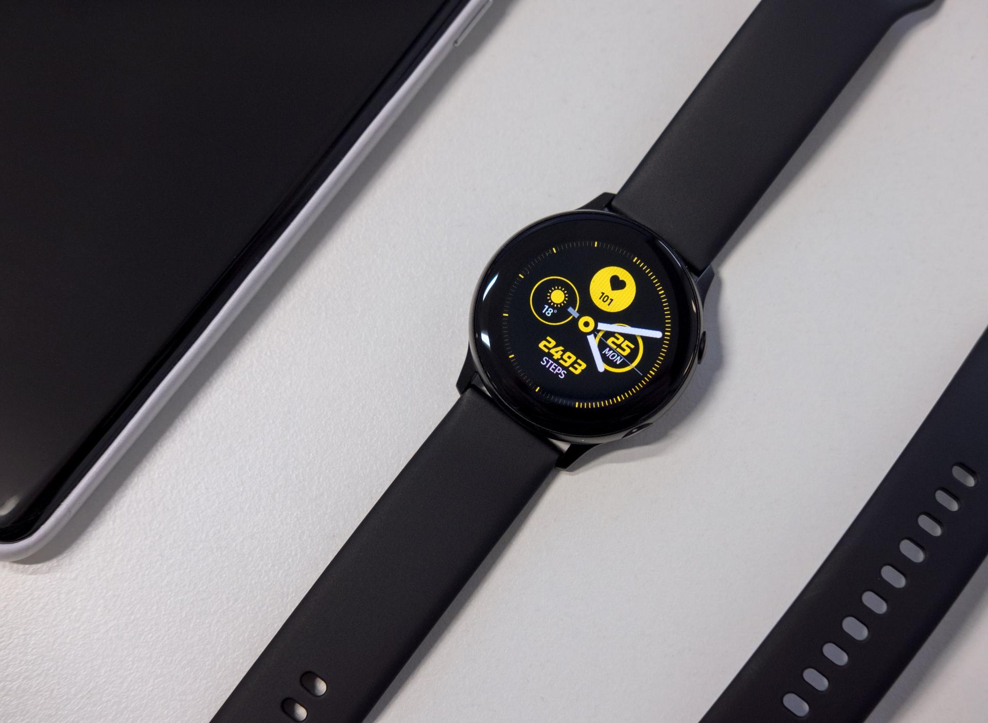 В России начали следить за работой сотрудников при помощи умных часов Samsung