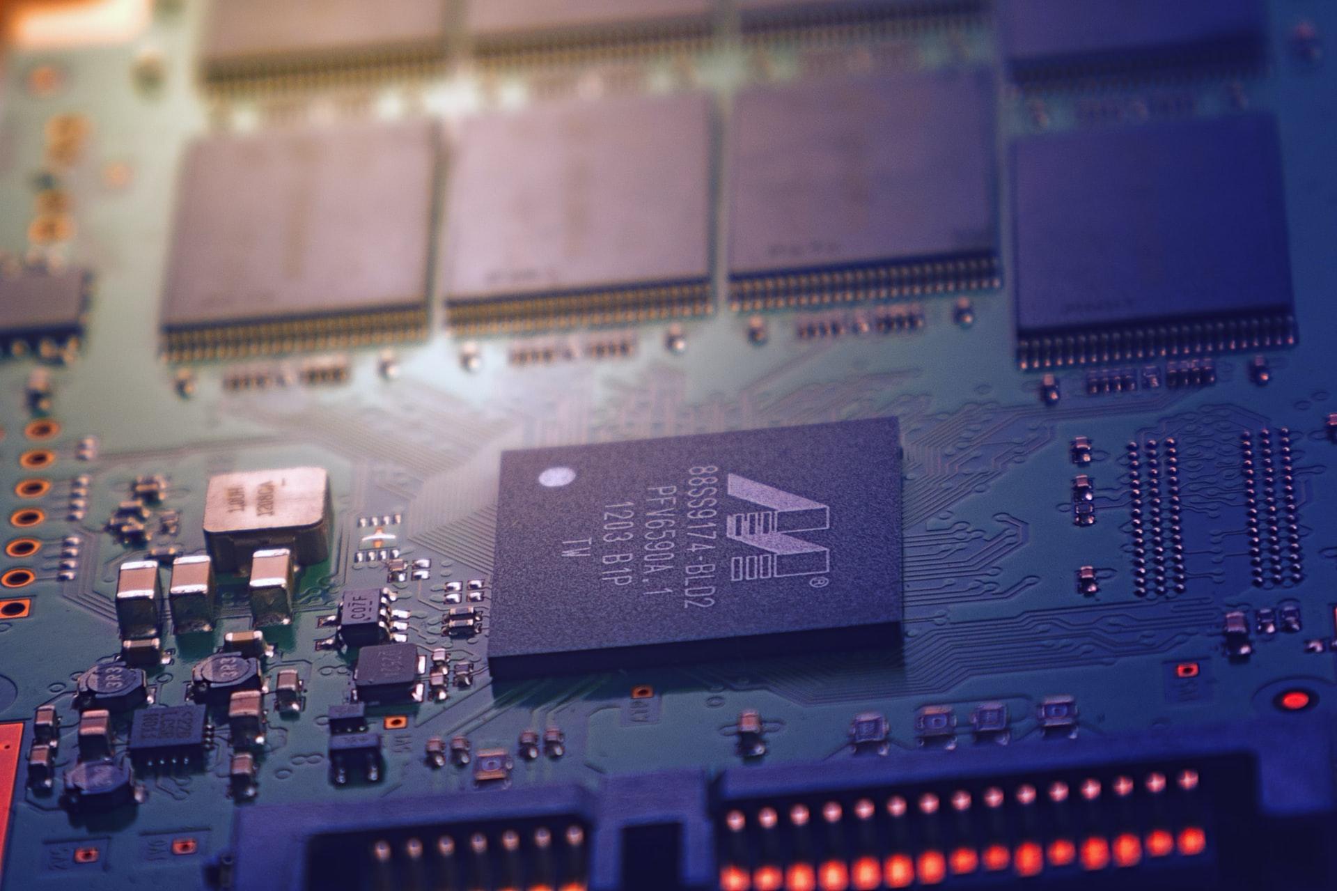 КРЭТ разработал уникальные бортовые графические станции нового поколения